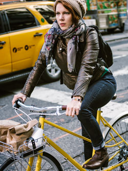 Rent our Trek Verve hybrid bicycle and get around town conveniently.